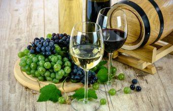 wine 1761613 1280 min